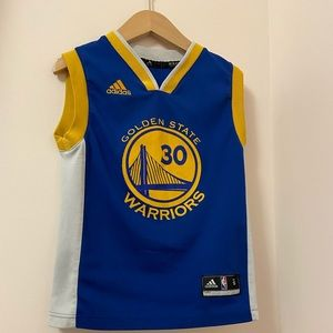 Golden State NBA Curry #30 Size: S youth boys.